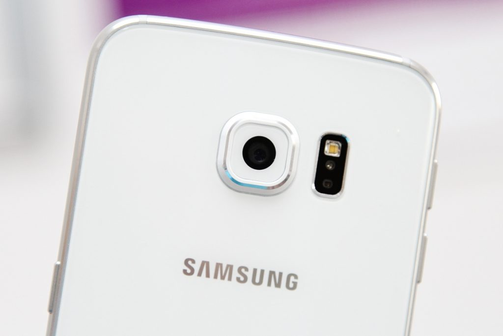 Samsung Galaxy S6 edge 20