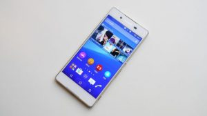 4.Poza Sony Xperia Z3+ display