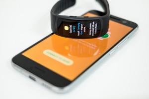 8.Poza Gear Fit 2 sincronizare smartphone