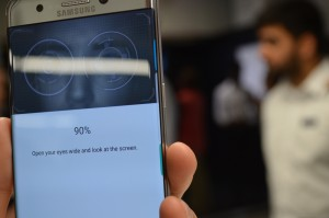 samsung-note-7-iris-scanner